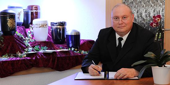 Bestatter Jens Schenk - Bestattungsunternehmen in Erfurt